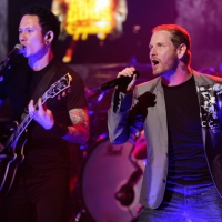 Matt Heafy & Corey Taylor performing together at the Revolver Golden Gods Awards 2012