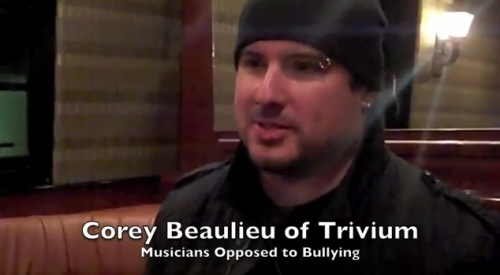 "[video] Corey habla sobre el ""bullying"""